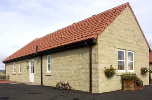 Last Minute Cottages - Charlotte's Stable