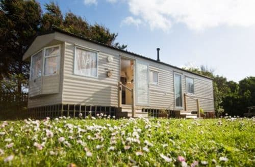 Last Minute Cottages - Caravan (C9)