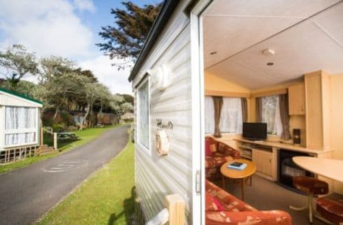 Last Minute Cottages - Caravan (C8) dog friendly