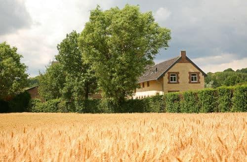 Last Minute Cottages - Tasteful Wijlre Cottage S160922