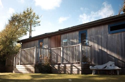Last Minute Cottages - Attractive Newquay Lodge S45275
