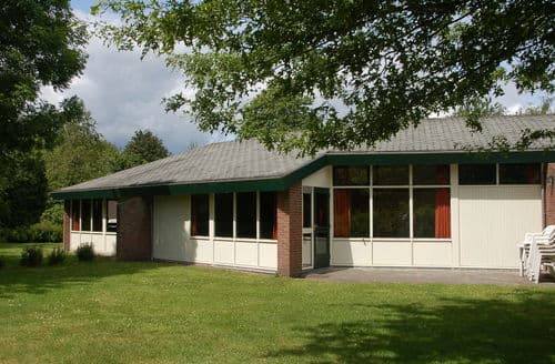 Last Minute Cottages - Excellent Westerbork Cottage S161625