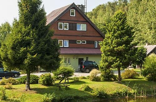 Last Minute Cottages - House in Kaszubski Park