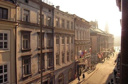 Last Minute Cottages - Down Town Krakow