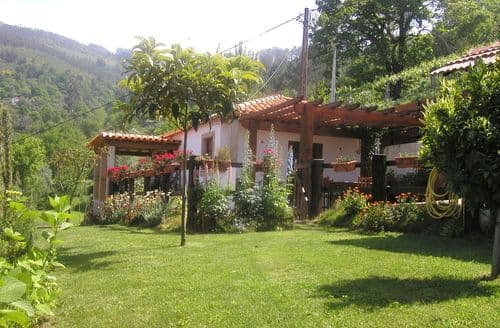 Last Minute Cottages - Casita da Lavandeira