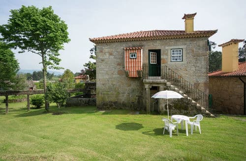 Last Minute Cottages - Casa da Adega