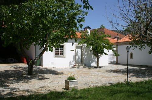 Last Minute Cottages - Casa da Capela