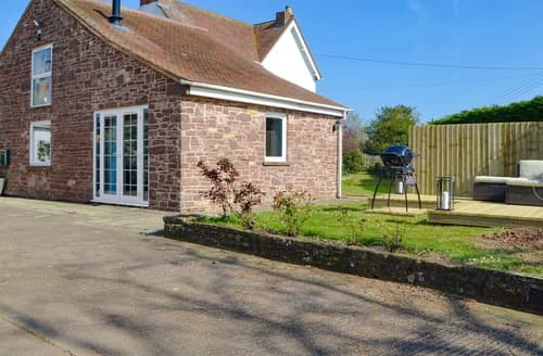 Last Minute Cottages - Cowshed @ Oaklands Farm