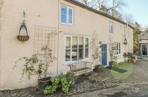 Last Minute Cottages - Gorgeous Castleton Cottage S162171