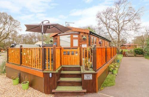 Last Minute Cottages - Parkview Lodge