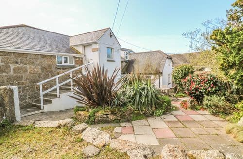 Last Minute Cottages - Splendid Porthcurno Cottage S162265
