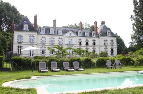 Last Minute Cottages - Chateau Des Bijoux