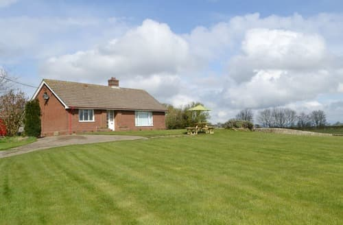 Last Minute Cottages - North Farm Bungalow