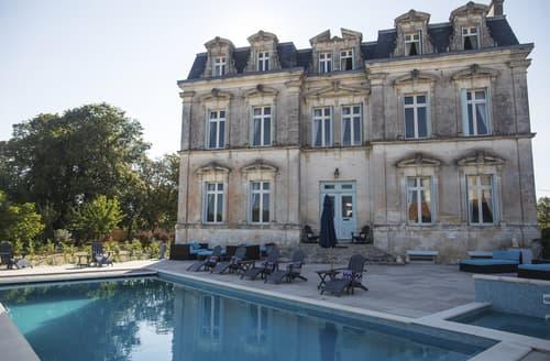 Last Minute Cottages - Chateau De La Vie
