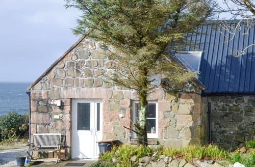 Last Minute Cottages - Lovely Hallin Cottage S162961