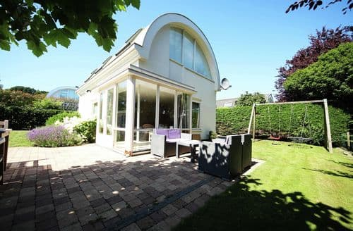 Last Minute Cottages - Adorable Noordwijk Cottage S163082