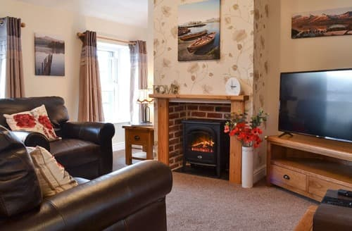 Last Minute Cottages - Captivating Keswick Apartment S163216