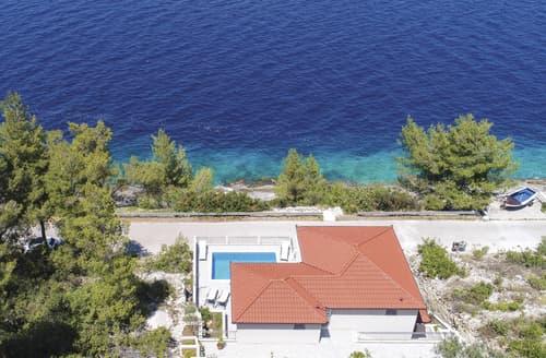 Last Minute Cottages - Villa Kneza