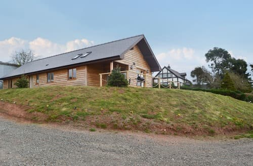 Last Minute Cottages - Delightful Westhope Lodge S163362