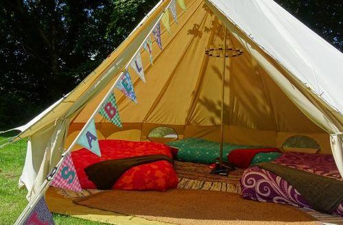 Last Minute Cottages - Bath Bell Tents - Luxury Furnished 4m & 5m Tents