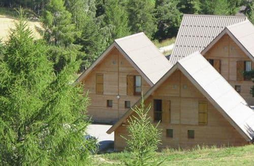 Last Minute Cottages - Les Flocons du Soleil 1