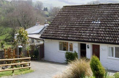 Last Minute Cottages - The Plough