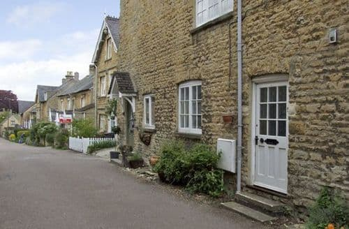 Last Minute Cottages - Excellent Chipping Norton Cottage S2198