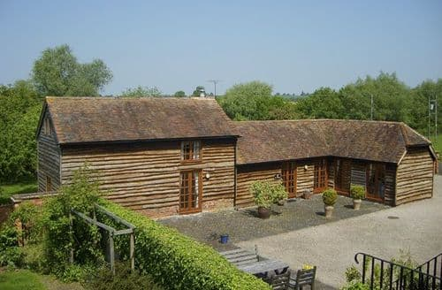 Last Minute Cottages - Splendid Worcester Stables S2206