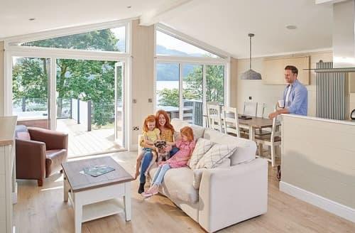 Big Cottages - Waterside Lomond Royal Premier 3