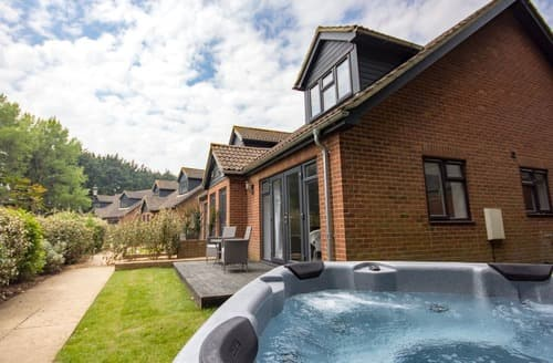 Last Minute Cottages - Cosy Cottage 3 VIP