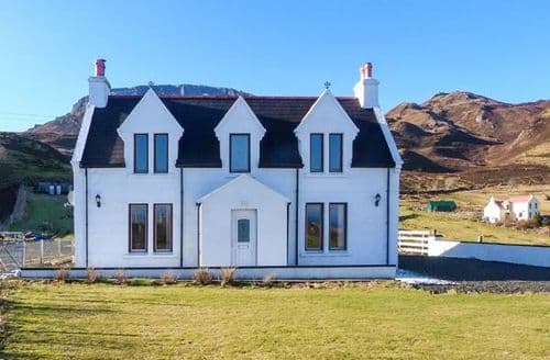 Last Minute Cottages - Quaint Portree Rental S4972