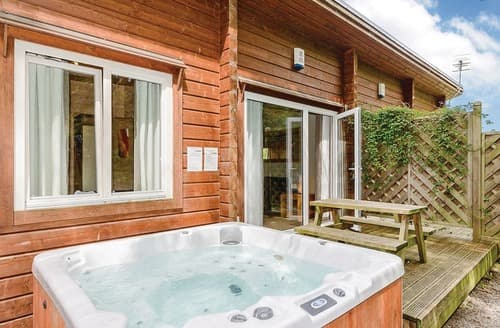 Dog Friendly Cottages - Chestnut Lodge VIP