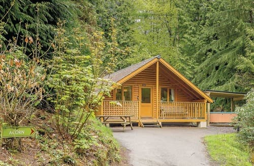 Last Minute Cottages - Captivating Webbery Lodge S106097