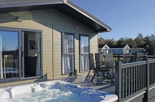 Last Minute Cottages - Quaint Annan Lodge S108909