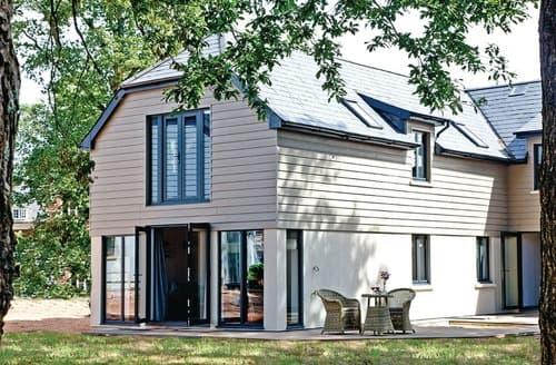 Last Minute Cottages - Woodland Lodge 3 Spa