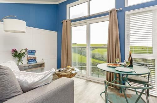 Last Minute Cottages - Tintagel Beach Shack