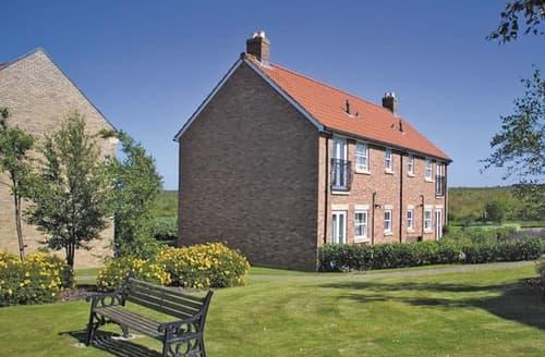 Last Minute Cottages - Classic Apartment 1 Pet