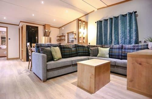 Last Minute Cottages - Gorgeous Godshill Lodge S132307