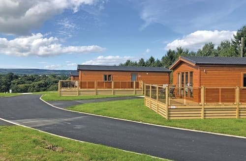Last Minute Cottages - Attractive Old Langho Lodge S121666