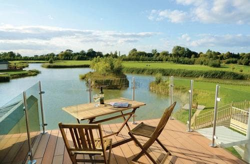 Last Minute Cottages - Wonderful Wisbech Lodge S112451