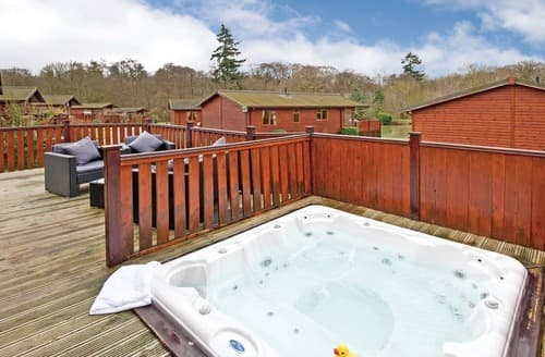 Last Minute Cottages - Charming Hopton Heath Lodge S110773