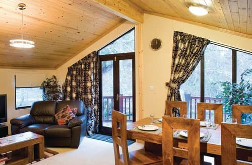 Last Minute Cottages - Heron Lodge