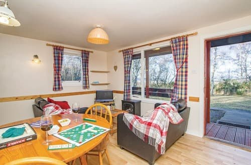 Last Minute Cottages - Inviting Kiltarlity Lodge S106442
