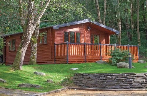 Last Minute Cottages - Gorgeous Bethesda Lodge S106927