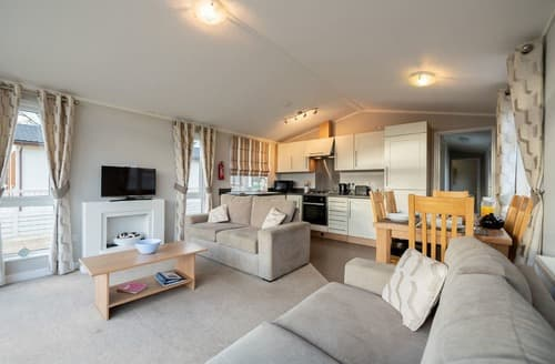 Last Minute Cottages - The Southwold Lodge