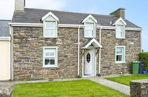 Last Minute Cottages - Delightful  Farmhouse S4983