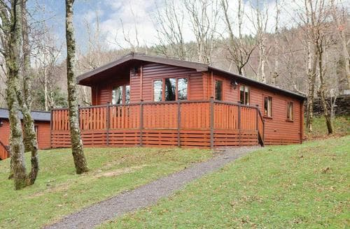 Last Minute Cottages - Charming Bethesda Lodge S128777