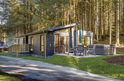 Last Minute Cottages - Beech Premier Spa