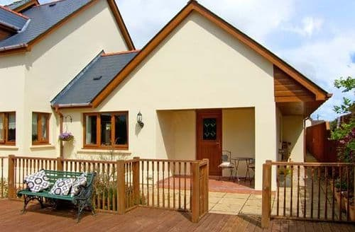 Last Minute Cottages - Splendid Pembroke Dock Vu S5142