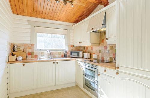 Big Cottages - Tasteful Kielder Water And Forest Park Lodge S109686
